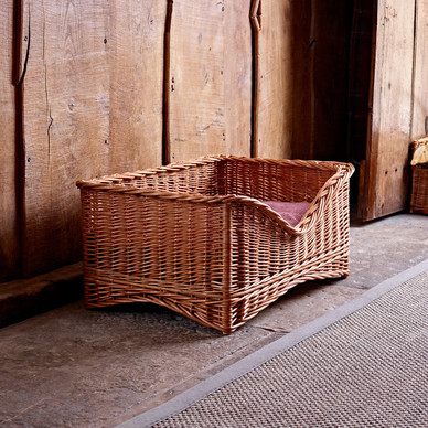 Medium Luxury Wicker Pet Basket