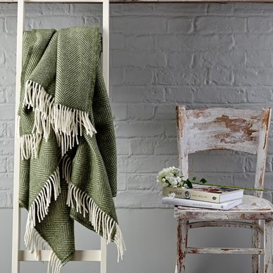Green & Cream Herringbone Wool Throw