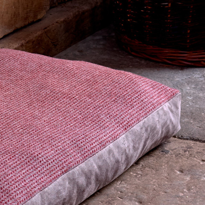 Medium Luxury Tweed Pet Cushion