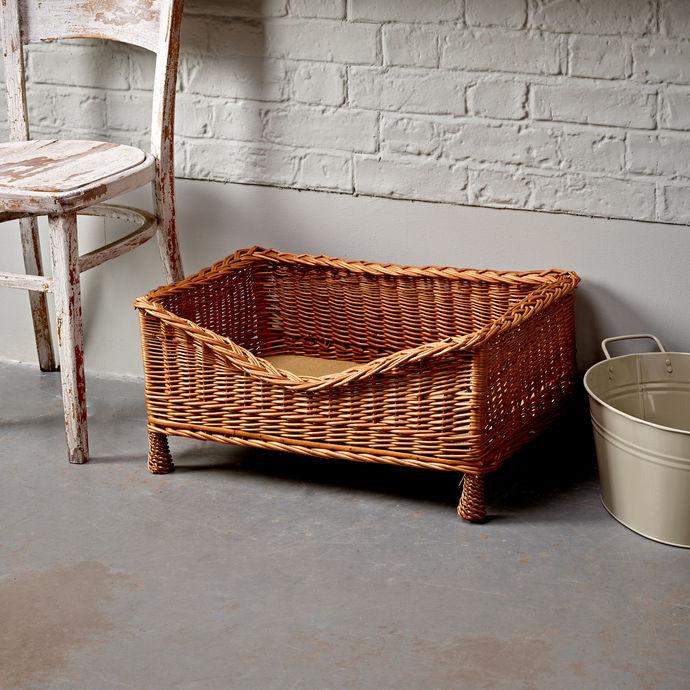 Small Luxury Wicker Pet Basket
